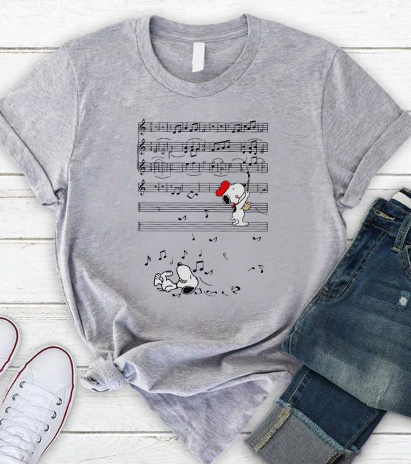 Musical Snoopy paints notes chords shirt